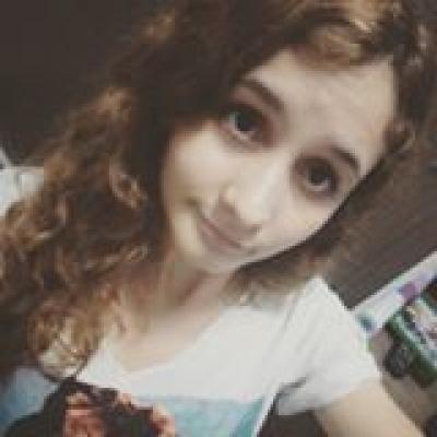 Milena Momberge Profile Picture